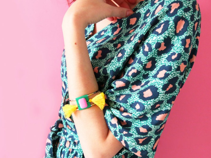 diy : bracelet double àpompons