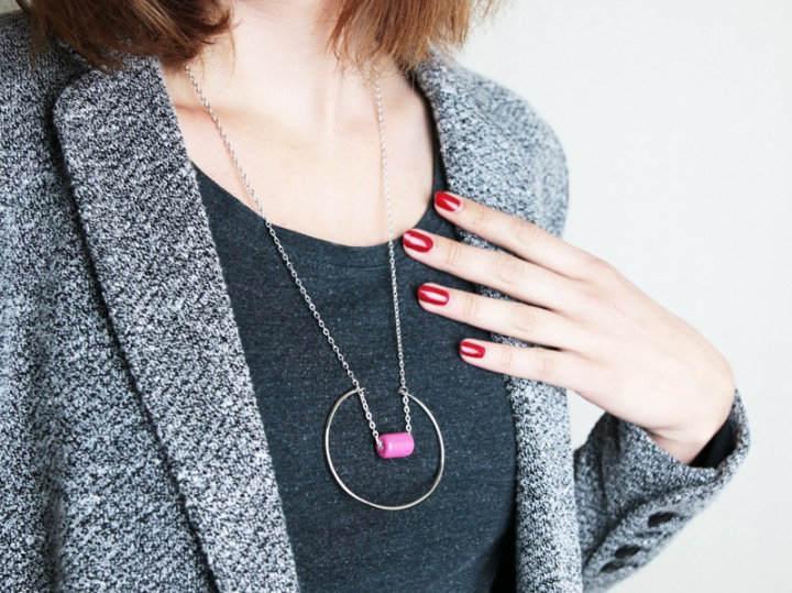 DIY mode : collier cercle design minimaliste